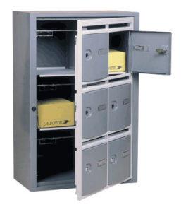 image principale - Article Comment refermer la porte d'une batterie de boîte aux lettres après un livreur ?